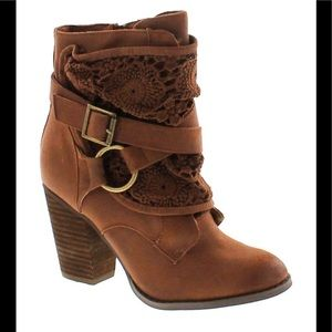 Not rated Women's Brown Suede Booties Size 10
